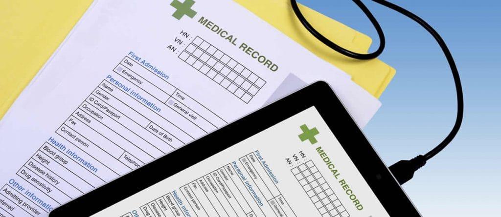Các thông tin sức khỏe khẩn cấp: Luôn mang theo hồ sơ của bạn và gia đình